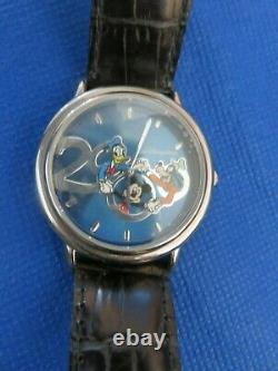 2000 Limited Edition Disney Character Watch & Character Figurine 1973 / 5000-New