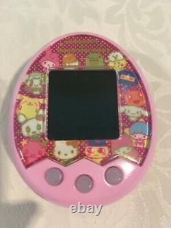 BANDAI Tamagotchi Mix sanrio Characters DX set Pink Toysrus Limited Edition