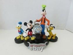 2000 Edition Limitée Disney Montre De Caractère Et Figurine De Caractère 1973 / 5000-nouveau
