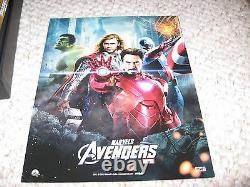 Avengers Best Buy Exclusive Illuminated 3d Lenticulo Case Ultimate Caractère